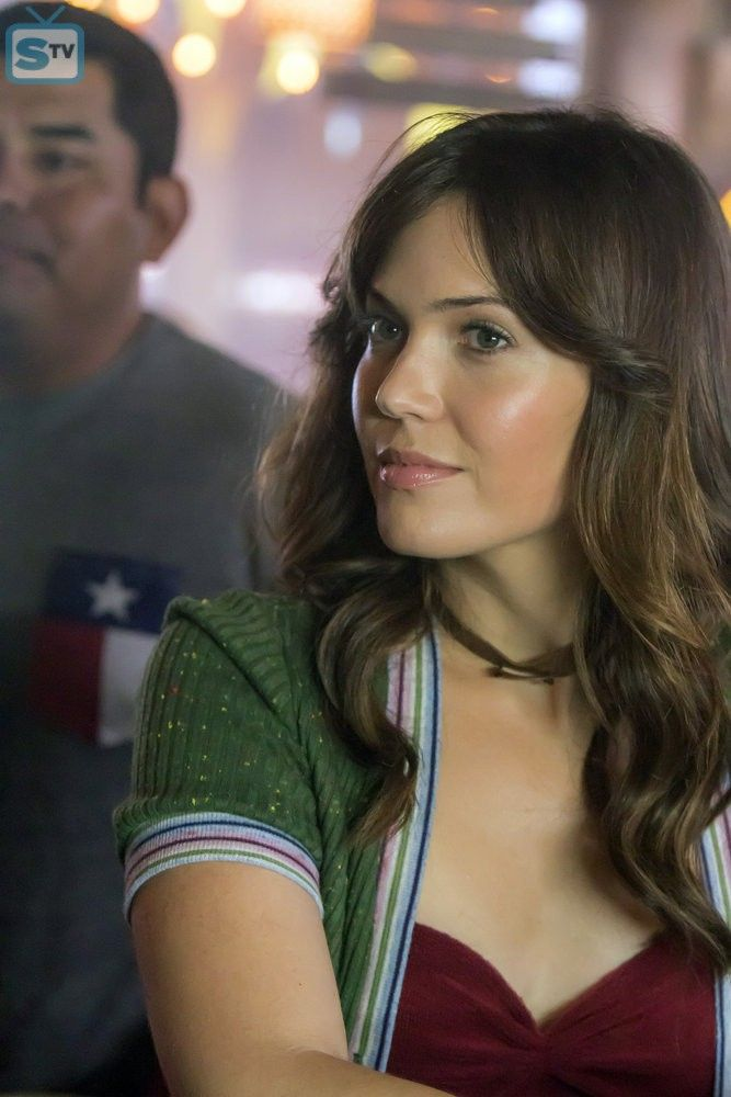 """THIS IS US -- """"The Game Plan"""" Episode 105 -- Pictured: Mandy Moore as Rebecca -- (Photo by: Ron ..."""