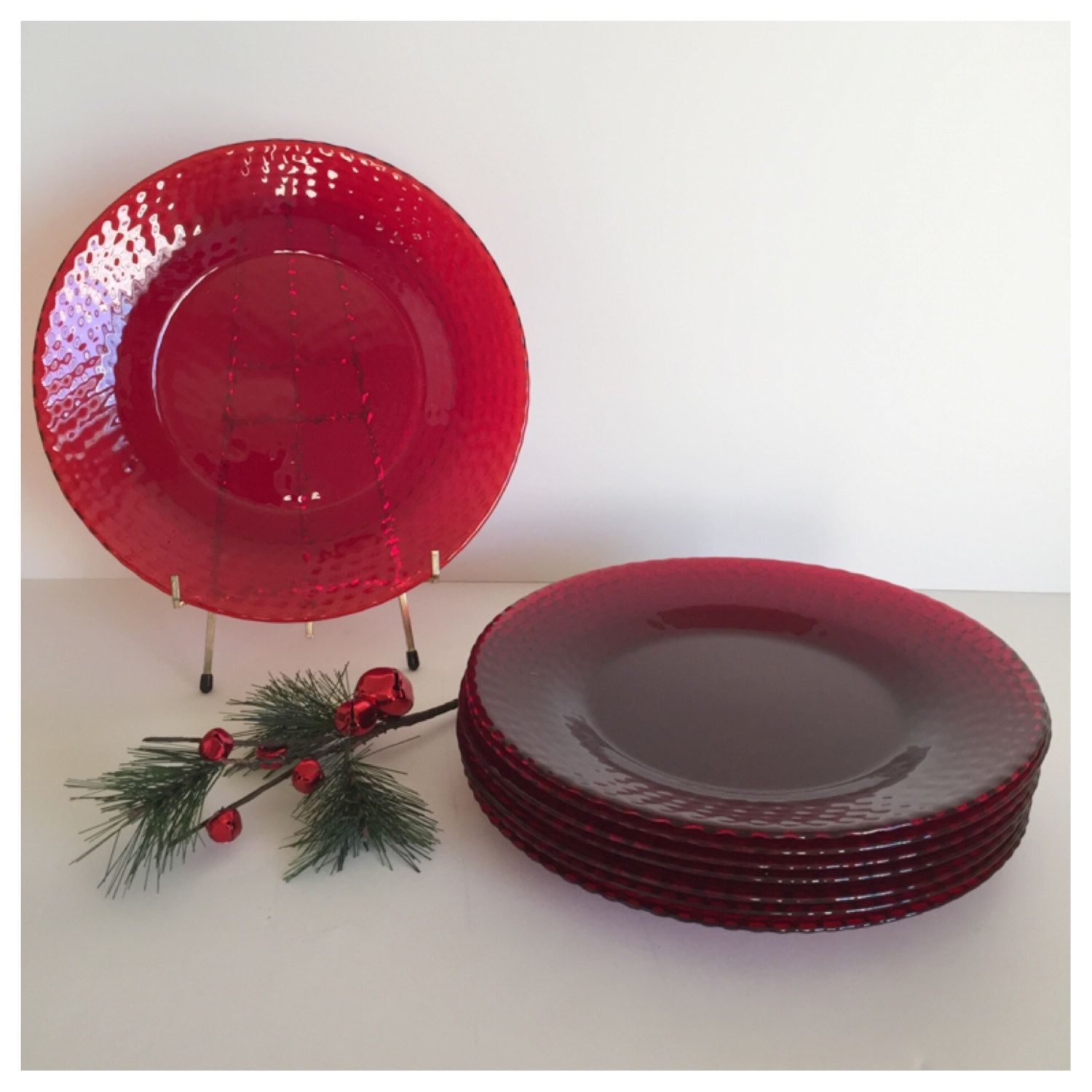 Vintage Red Glass Dinner Plates, Red Glass Plates, Christmas Dishes,  Holiday Dinnerware,