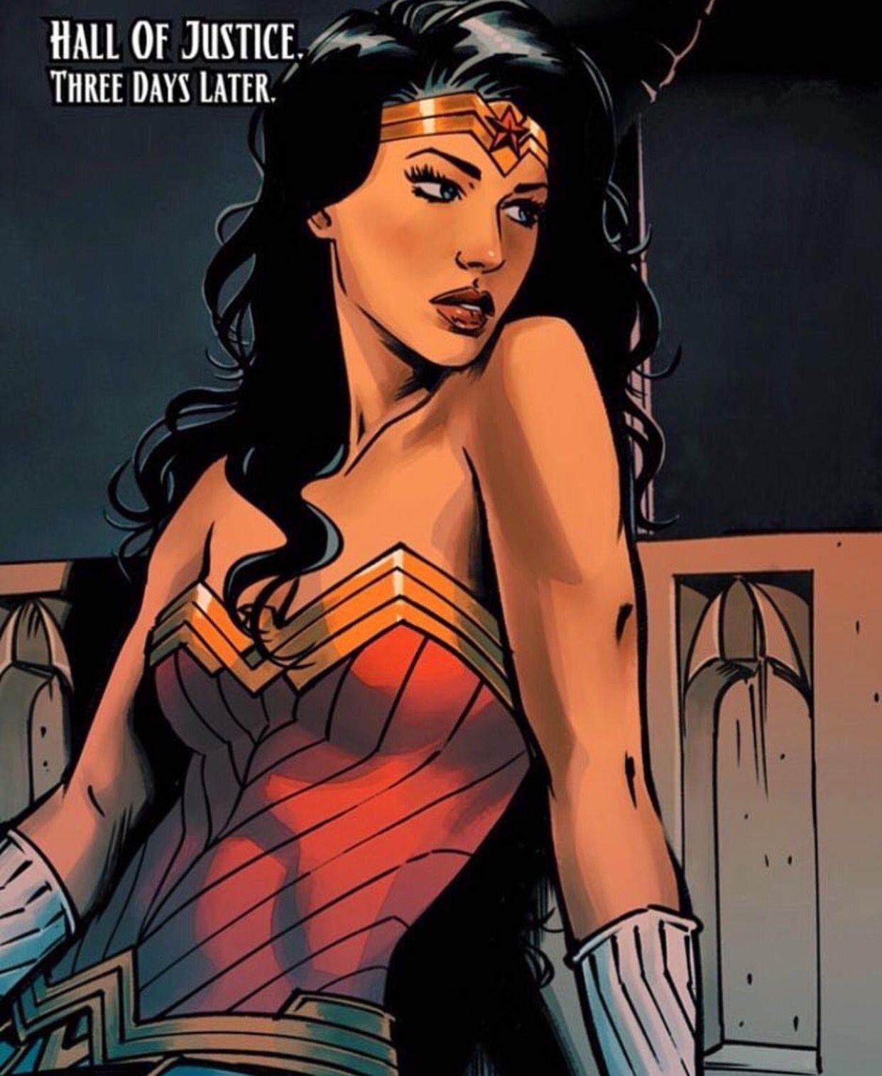 Pin By Rick Grimes On Wonderbat Wonder Woman Comic Wonder Woman Art Wonder Woman Pictures