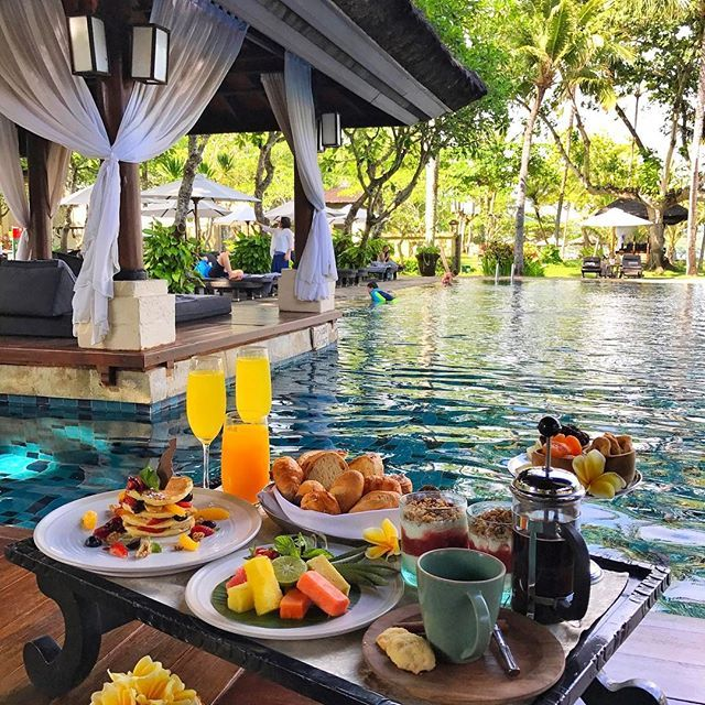 7 Luxurious Honeymoon Destinations Hotels: Intercontinental Bali Resort