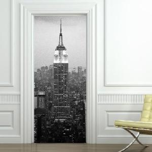 Sticker du jour trompe l 39 oeil new york en noir et for Stickers porte blanc