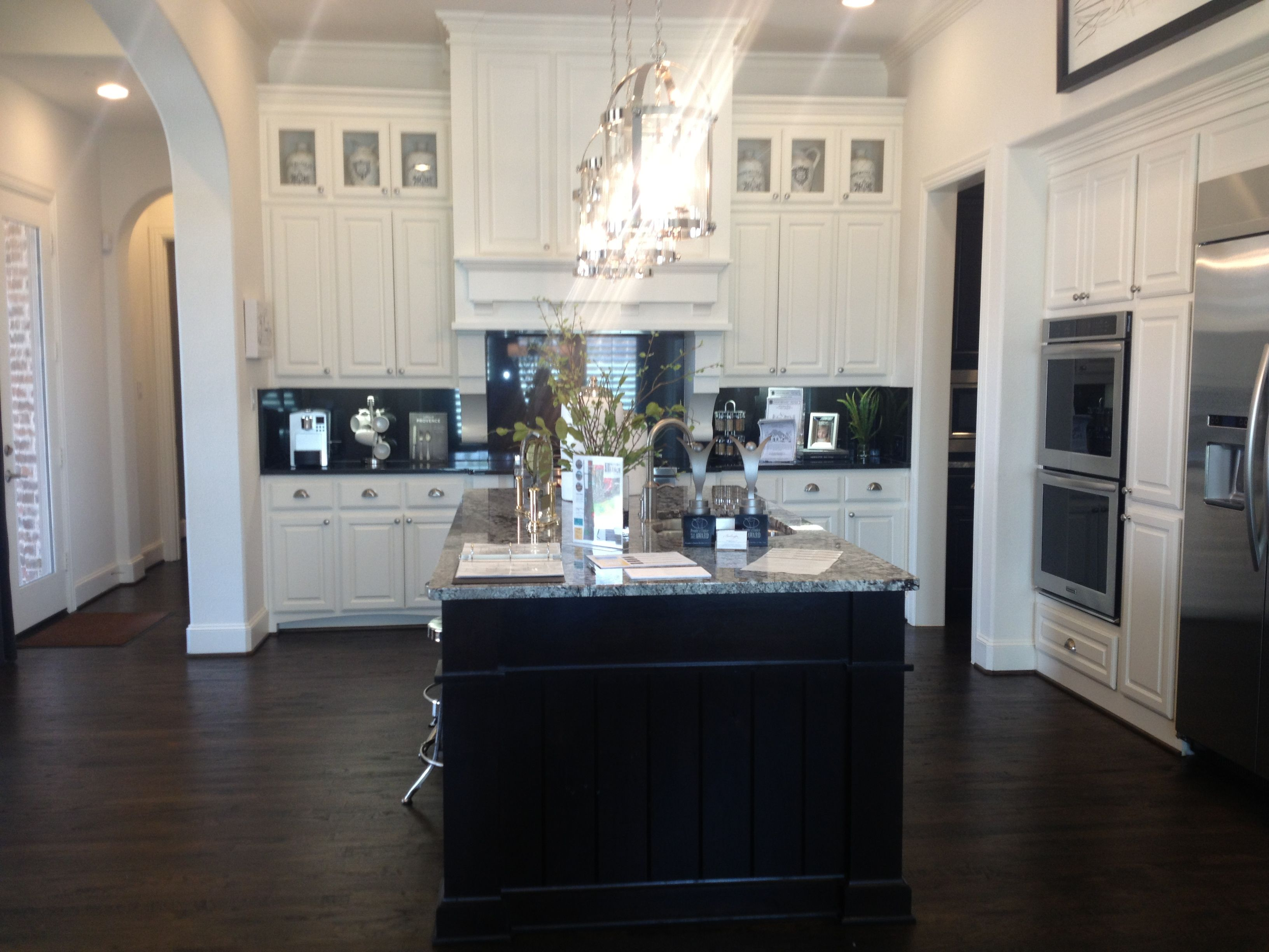 Ideas gorgeous black and white kitchen design dark wood for White cabinets white floor