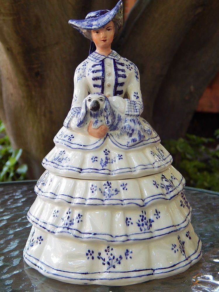Staffordshire Ware Porcelain Lady Trinket Box - Made In England - Knot Mark WB