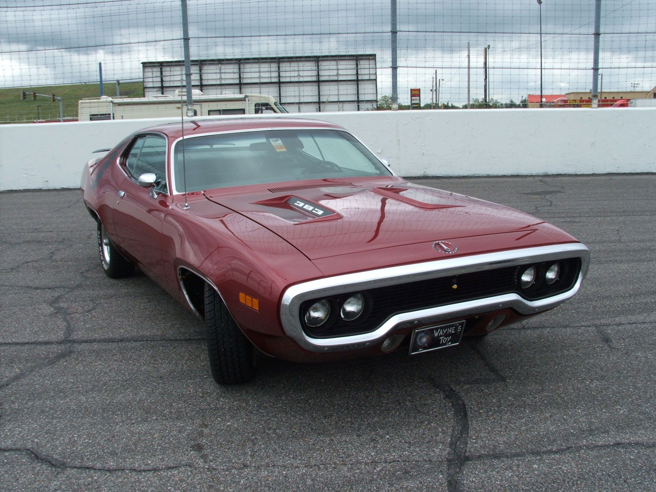Car of the Week: 1971 Plymouth Road Runner - Old Cars Weekly --had ...
