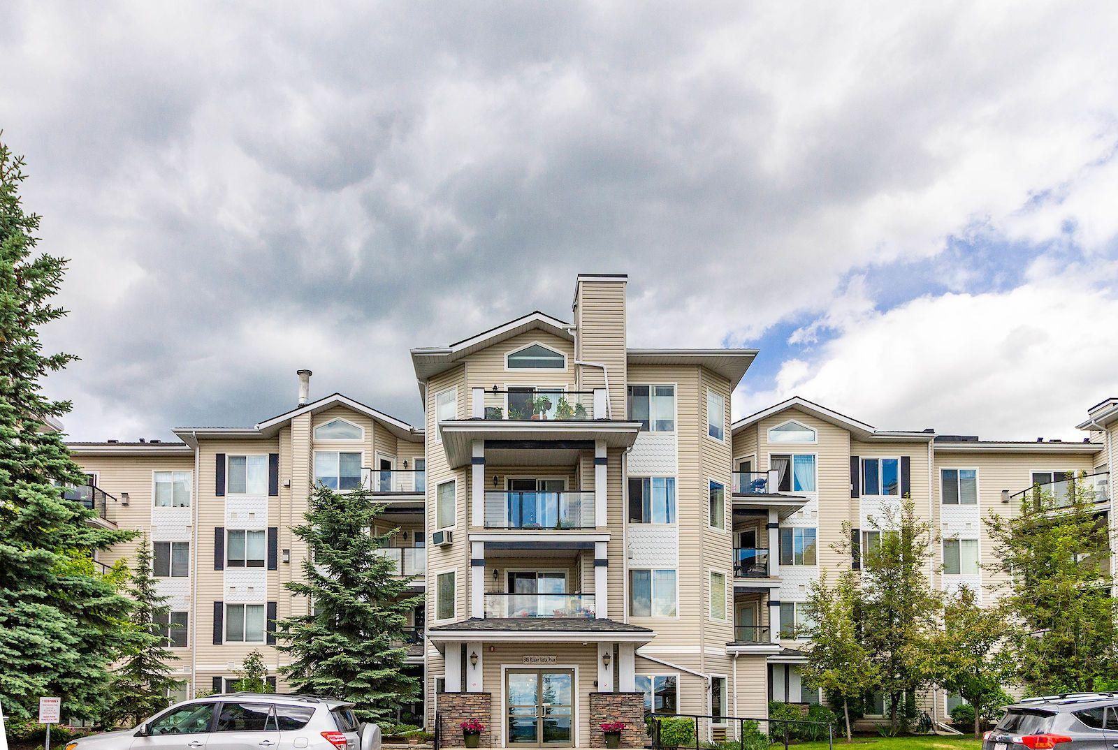 Calgary Rocky Ridge Condo For Rent Welcome To 345 Rocky Vista Park Nw This Incredible Rocky Ridge 2 Bedroom 2 Bath Has An Op Condos For Rent Condo Cozy Living