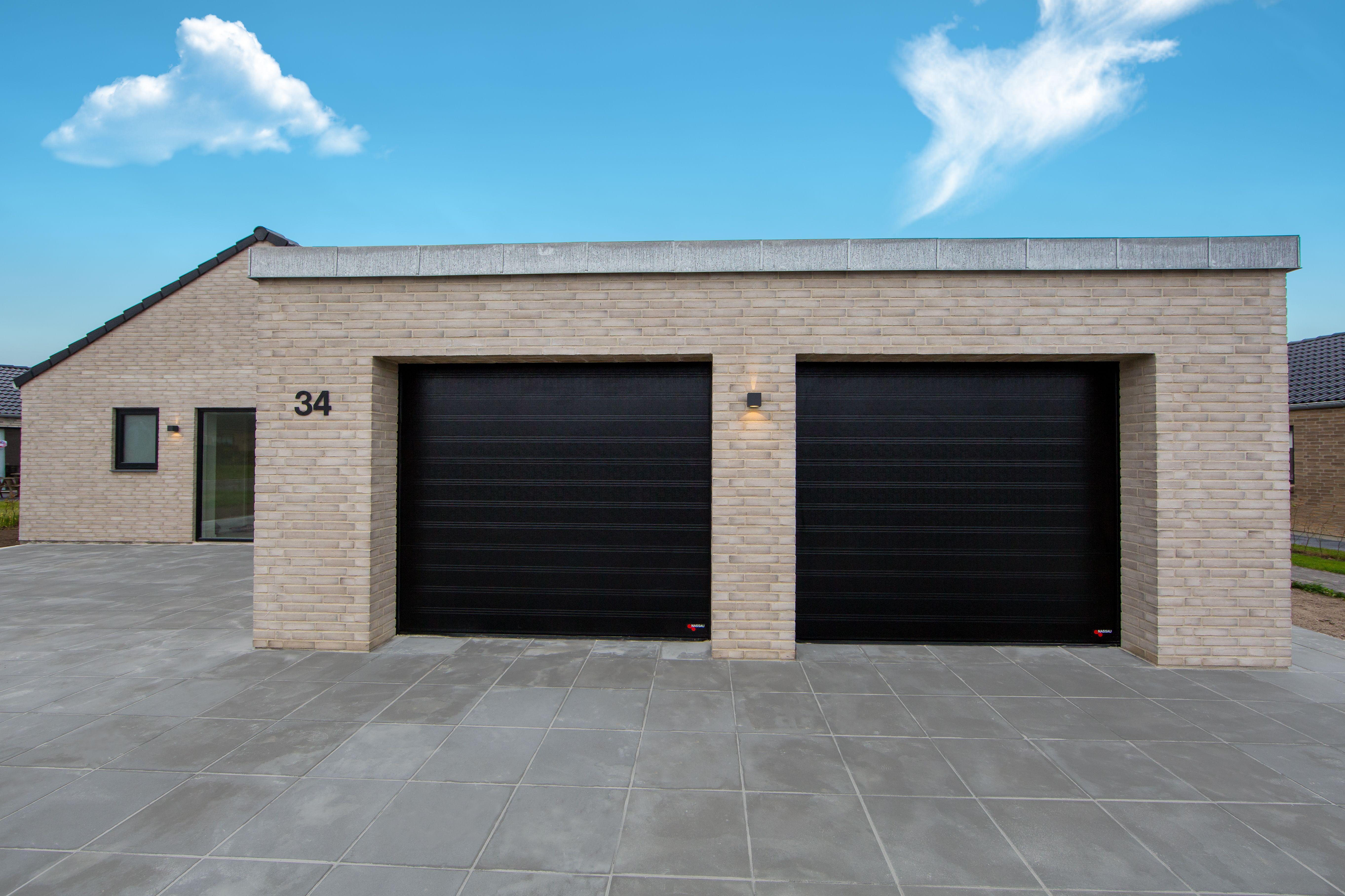 Pin af NASSAU Garageporte på Garage