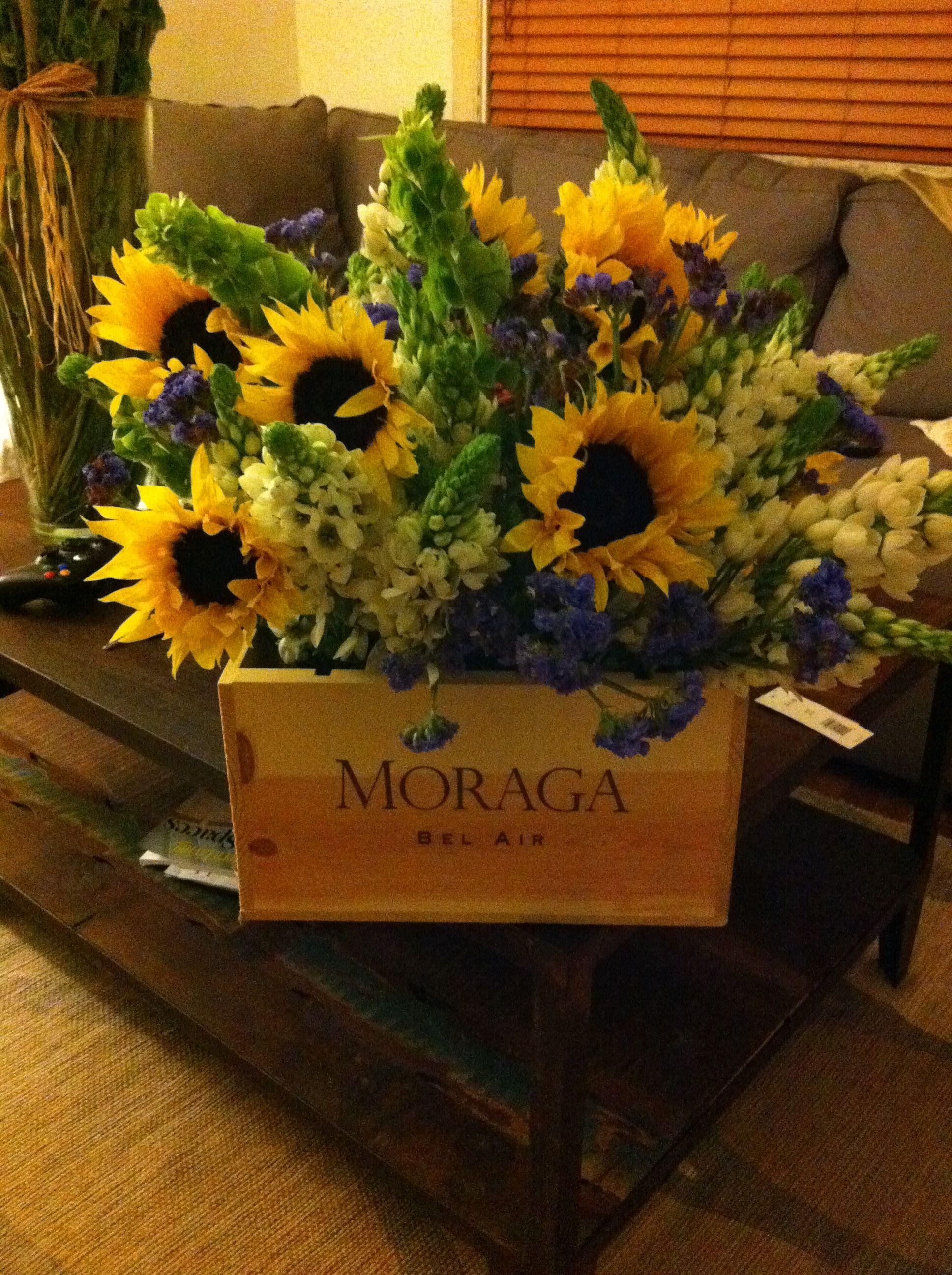 Moraga wine crate. Made by me ) Wine crate, Diy wine