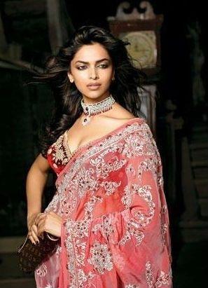 Bollywood actress saree photos South