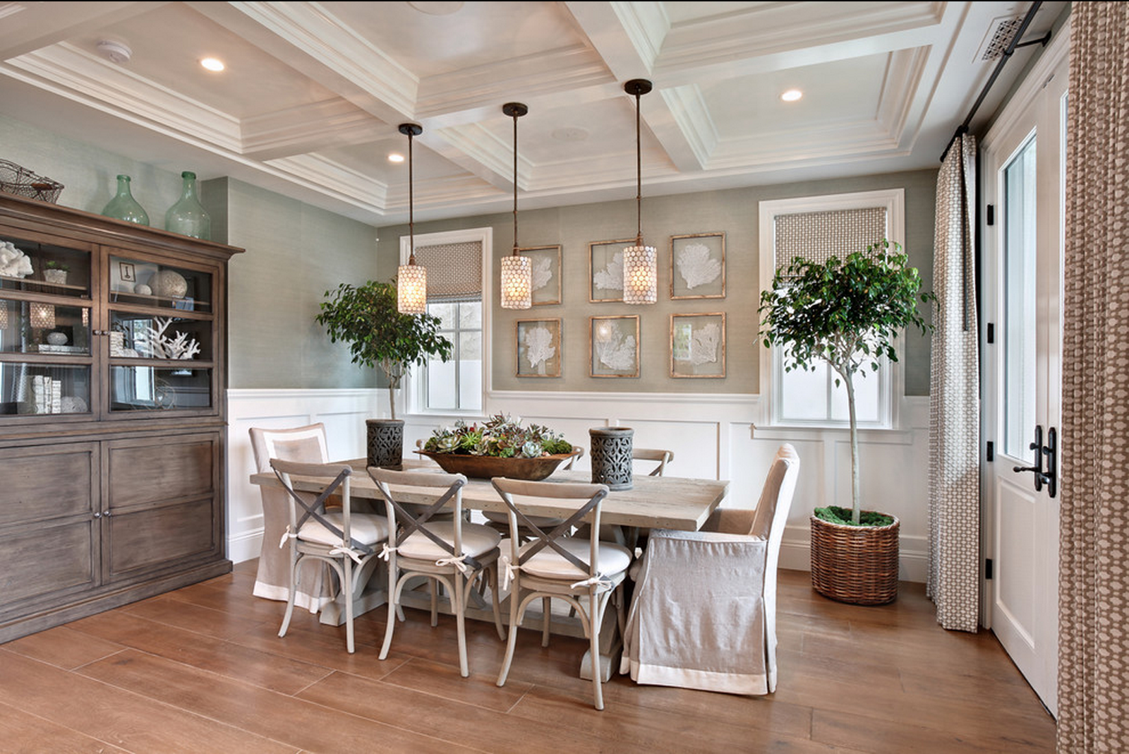Love this Breakfast room off Kitchen   Tuscan dining rooms ... on Living Room Wall Sconce Ideas For Dining Area id=31616