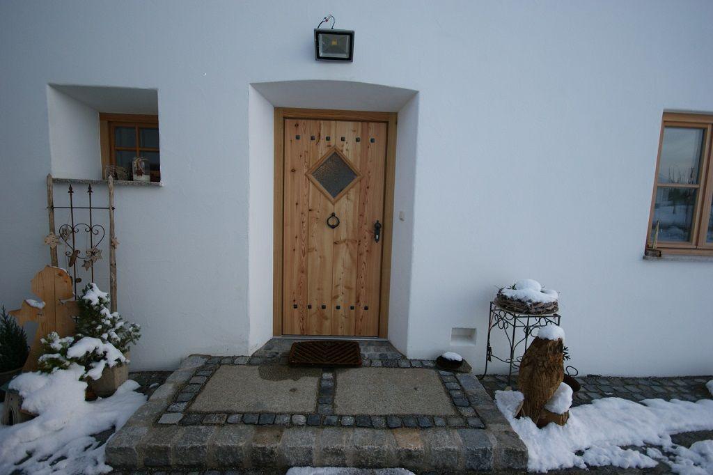 Individuelle Haustüren oder Zimmertüren aus Echtholz - Schreinerei Thaler & Staudinger #dekoeingangsbereichaussen