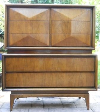 United Furniture Company Chest Dresser Mid Century Modern Walnut