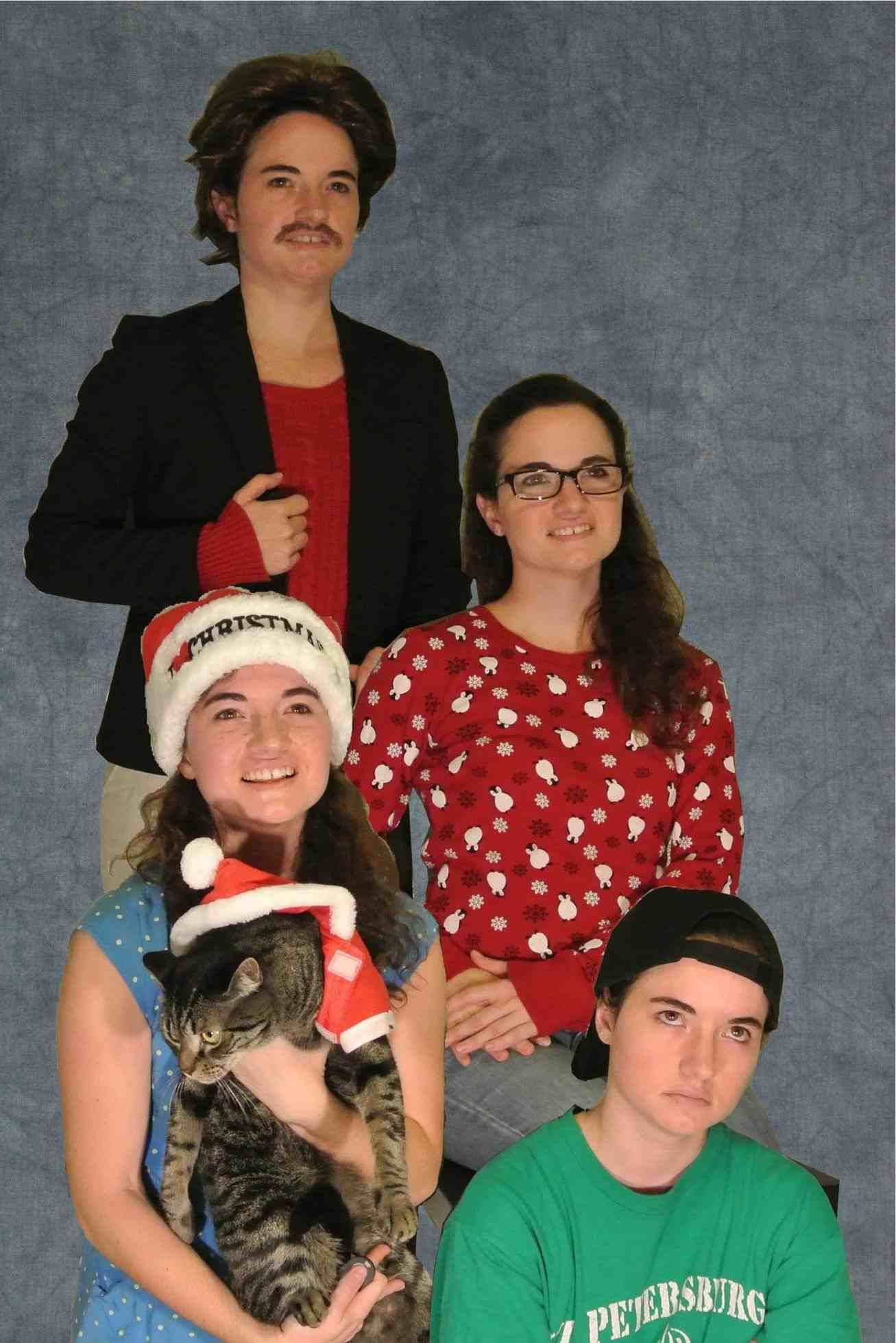 New Post Weird Family Christmas Pictures