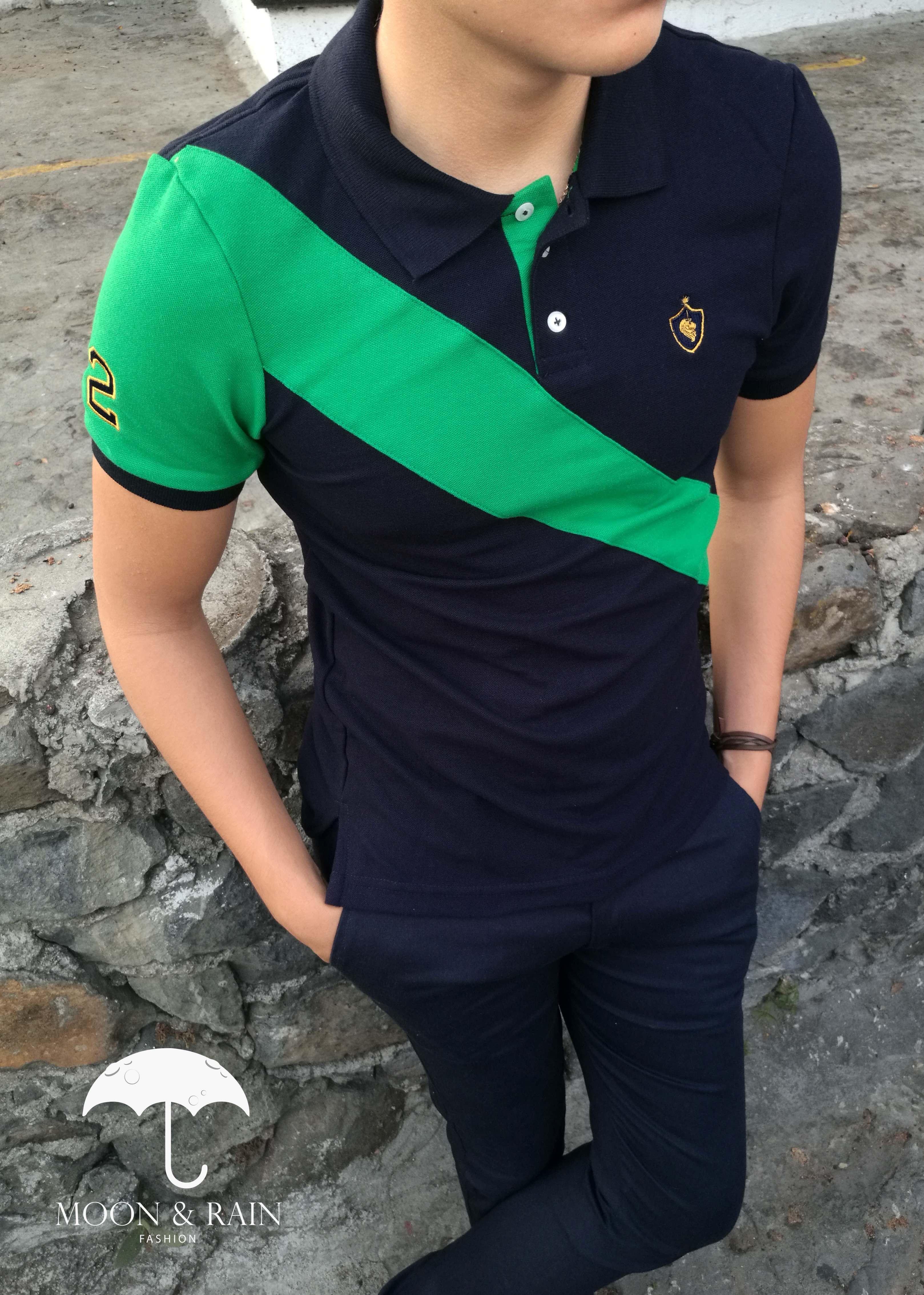 Playera polo marino con franja verde diseño por Moon   Rain ... 427c2fc314080