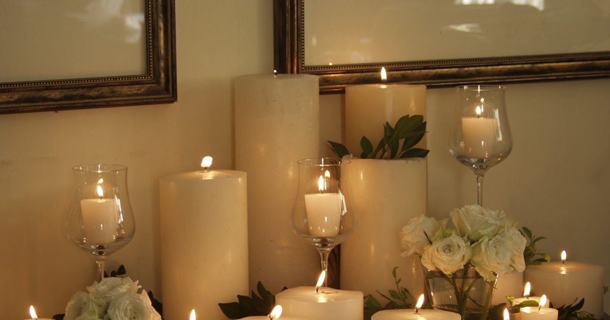 Display your collections this Christmas Candle