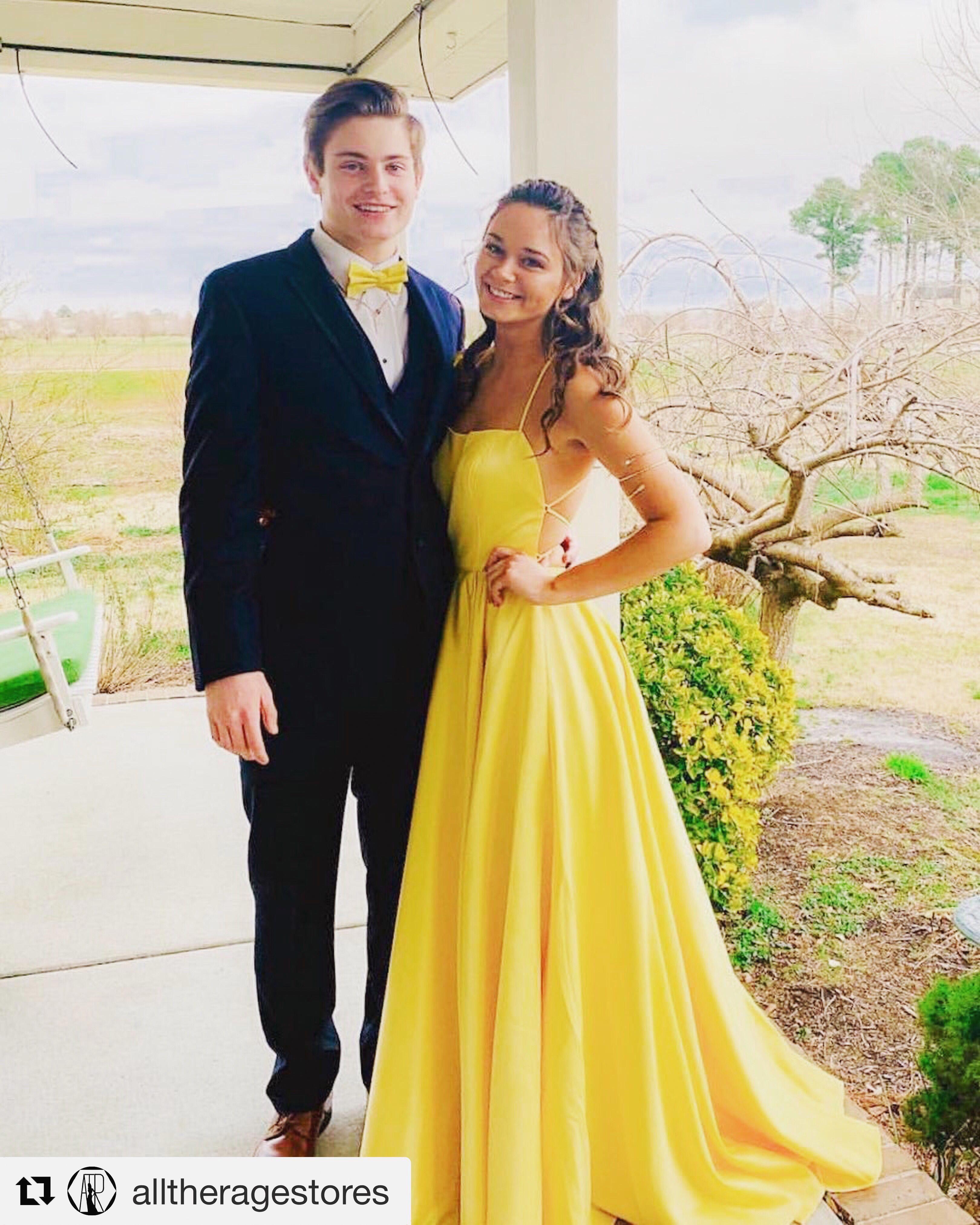 Jewelry Yellow Evening Dresses Prom Dresses Yellow Prom Dresses [ 4050 x 3240 Pixel ]