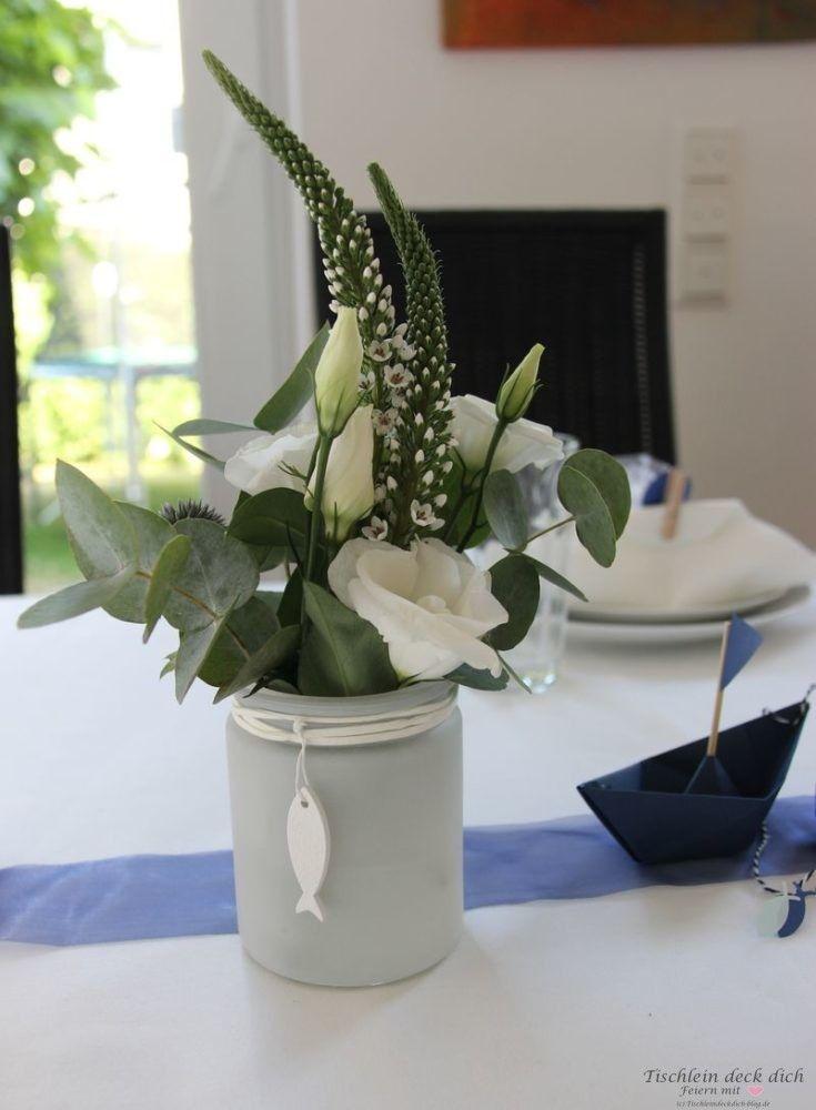 Kommunionsfeier Blumendeko – Tischlein deck dich