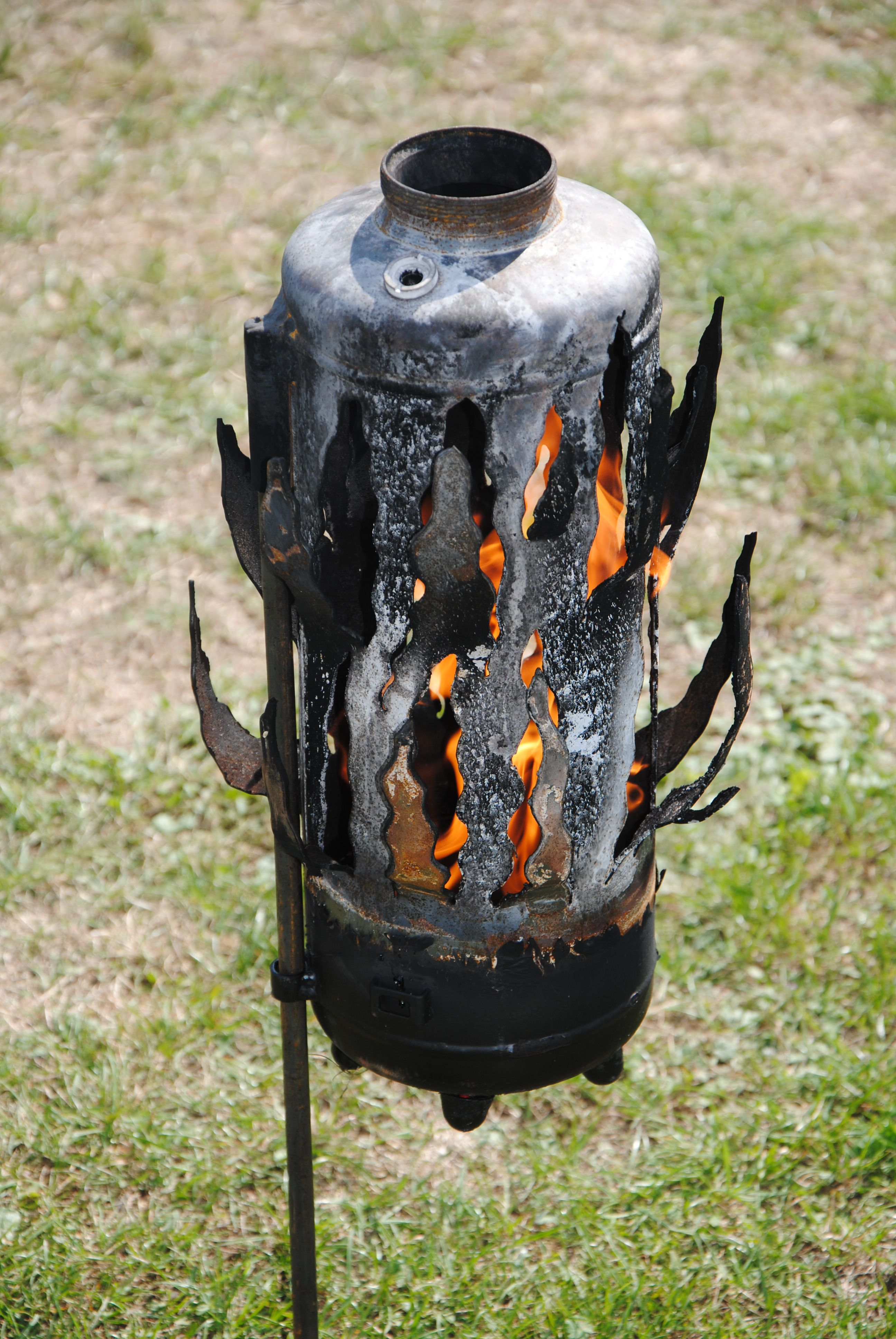 Gartendekoration gartenfackel feuer metall kunst feuer flammen und dekoration - Gartendekoration metall ...