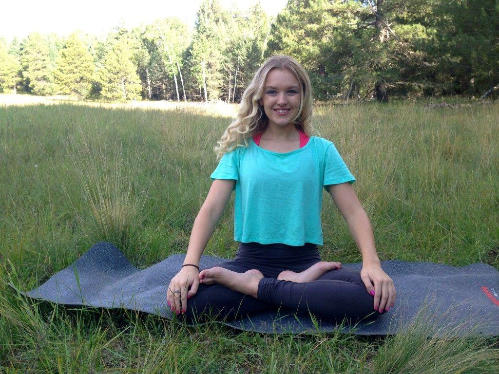 Must Know Beginner Yoga Poses Kayli Wanders Yoga And Health