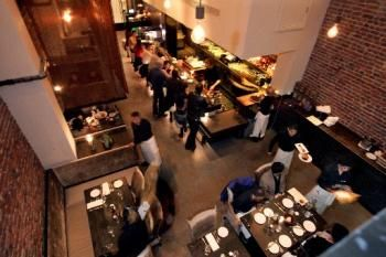 Oola Is Among A Handful Of S F Restaurants With Late Night Dining