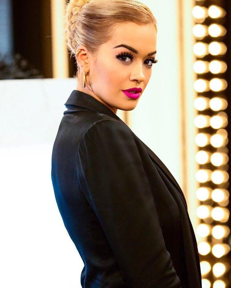 Rita Ora Pose Rita Ora Hairstyle Rita Ora Bikini