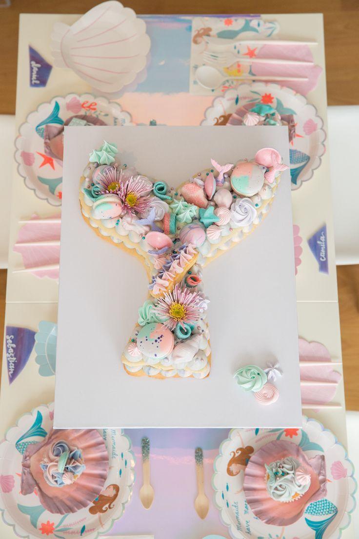 How cute is this Mermaid Cookie Cake? | Downey Desserts |SugarcrushSweets| Kidstable| Desserts| Mermaids| Cookiecakes #losangeles #pastelcolors #seashells #pink color schemes #mintcolorscheme #purplecolorscheme #cookiecakes #mermaidparty #kidstable #lettercakegeburtstag