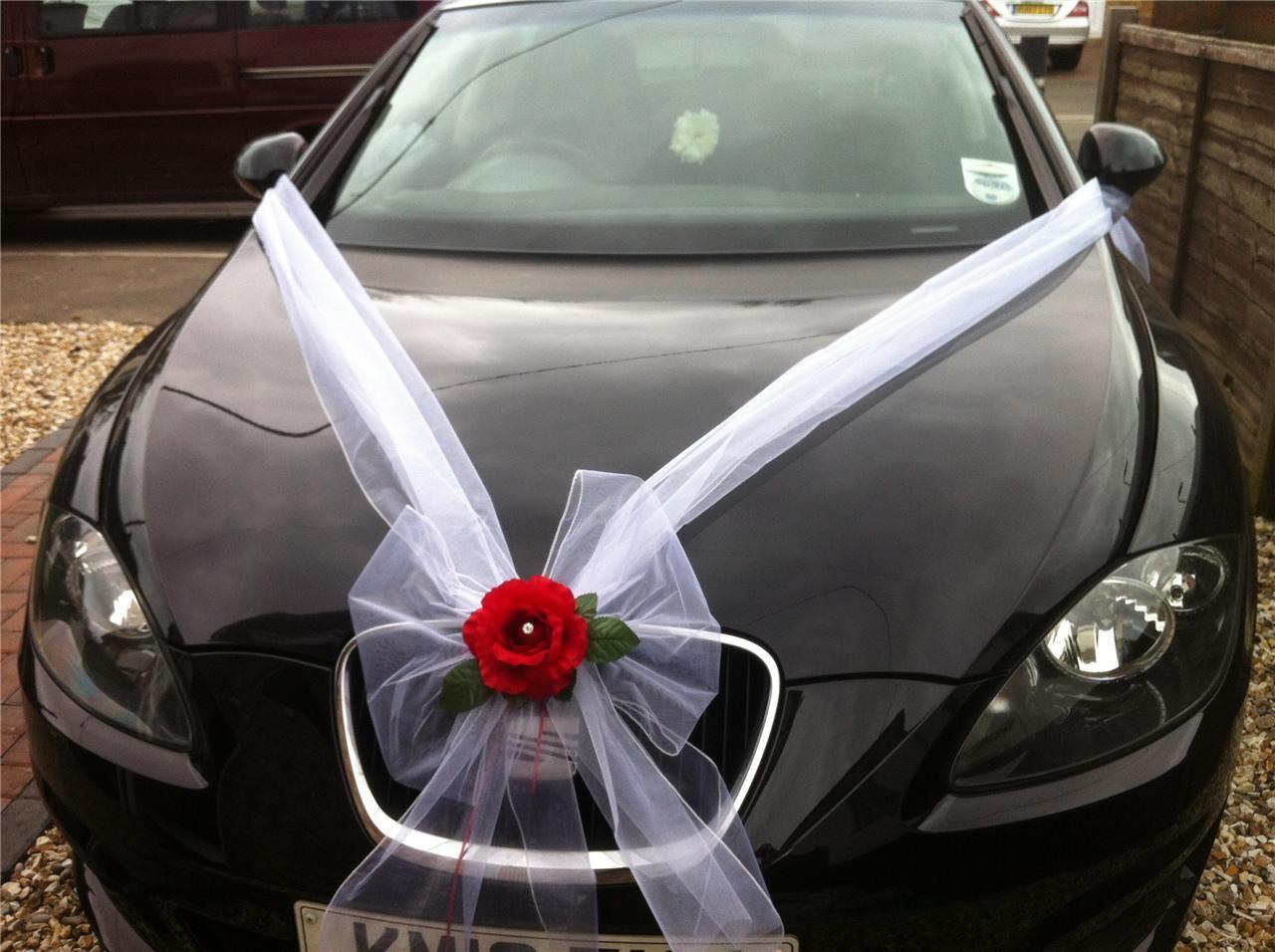 Wedding car flower decoration images  Wedding Car Flower Decoration White Organza Rose Detail Ribbon