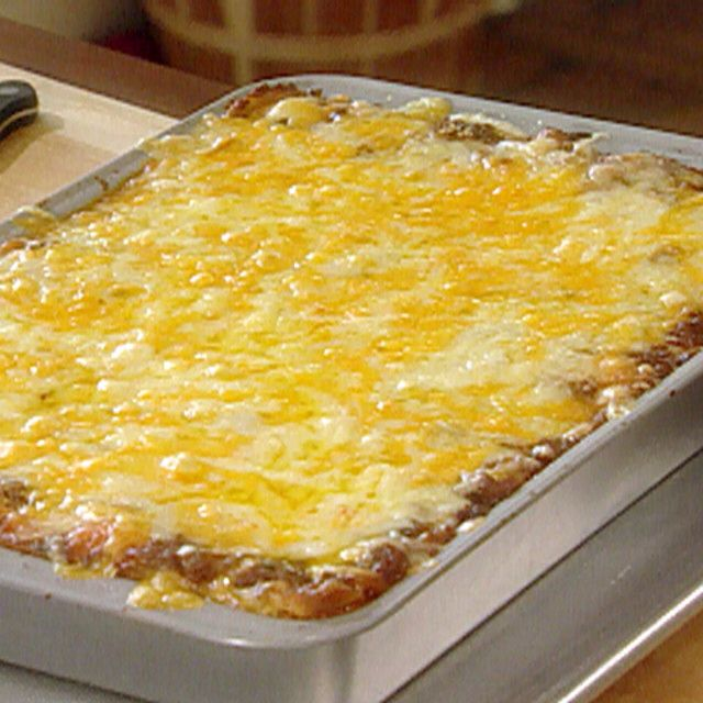 The Lady and Sons Lasagna By Paula Deen