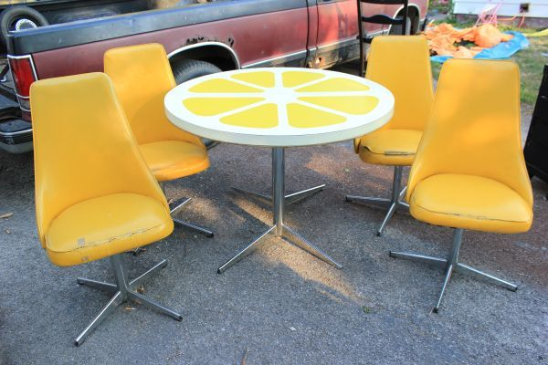 Lemon Table With 4 Chairs 1970 S Vintage Is In Great