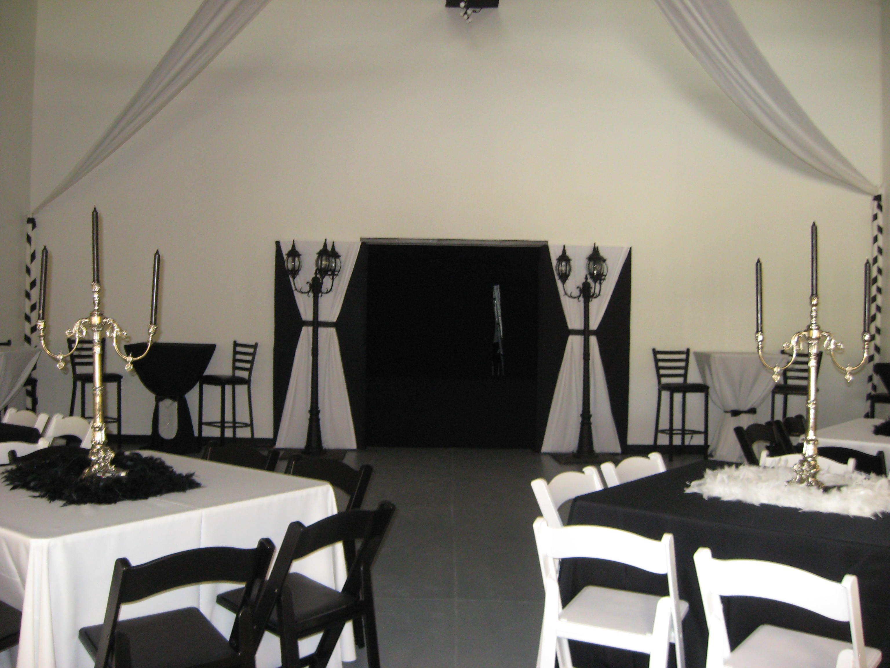 atlanta #rental #black #white #resin #chair #table #linen #elegant