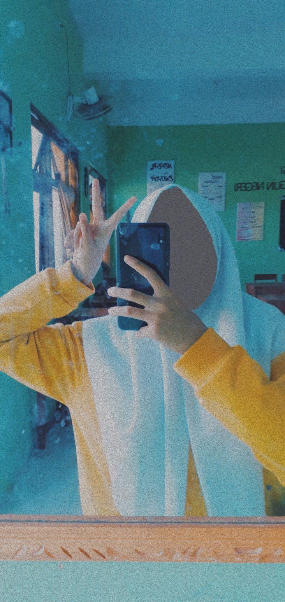mirror self