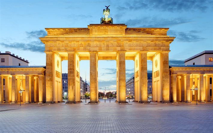 Download Wallpapers Evening Brandenburg Gate Berlin Germany Berlin Landmarks Brandenburg Gate Tourist Attraction Places To Travel