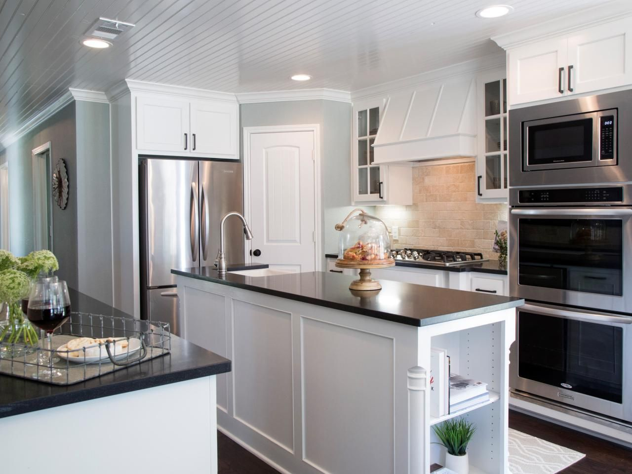 Kitchen Makeover Ideas From Fixer Upper | Laminate countertops ... on fixer upper style, fixer upper renovation, rental kitchen ideas, fixer upper cabinets, fixer upper flooring, fixer upper living rooms, fixer upper decorating, fixer upper bedrooms, fixer upper color, waterfront kitchen ideas, fixer upper doors, fixer upper kitchen makeovers, fixer upper garden, fixer upper decor, fixer upper kitchen counter, fixer upper kitchen islands, handicap accessible kitchen ideas, fixer upper dining room, fixer upper diy, fixer upper kitchen backsplash,