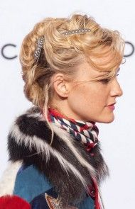 23 Gorgeous and Grown-Up Ways to Wear Hair Barrettes - theFashionSpot