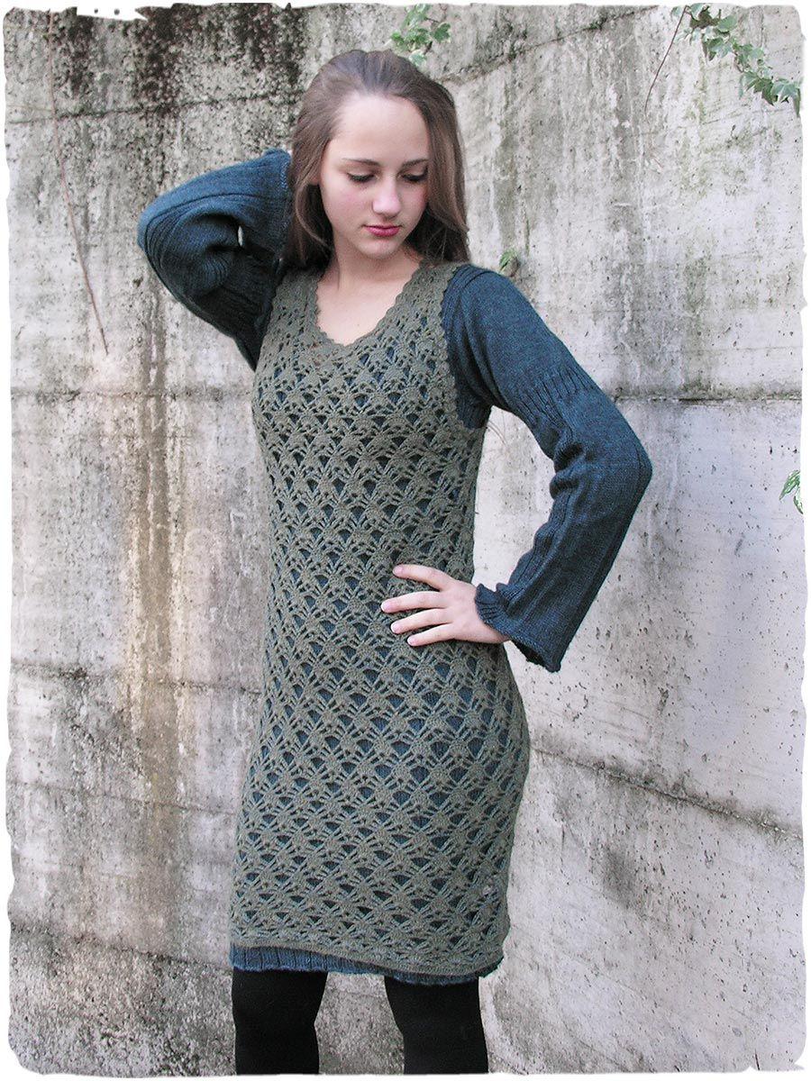 dec94f0bbc71 gilet - abito di lana d alpaca Tatiana  gilet  abito  traforato  lanaalpaca   scamiciato all   uncinetto. Splendido come  maglione e perfetto utilizzato  per ...