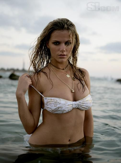 Brooklyn Decker - 2008 Sports Illustrated Swimsuit Edition ...