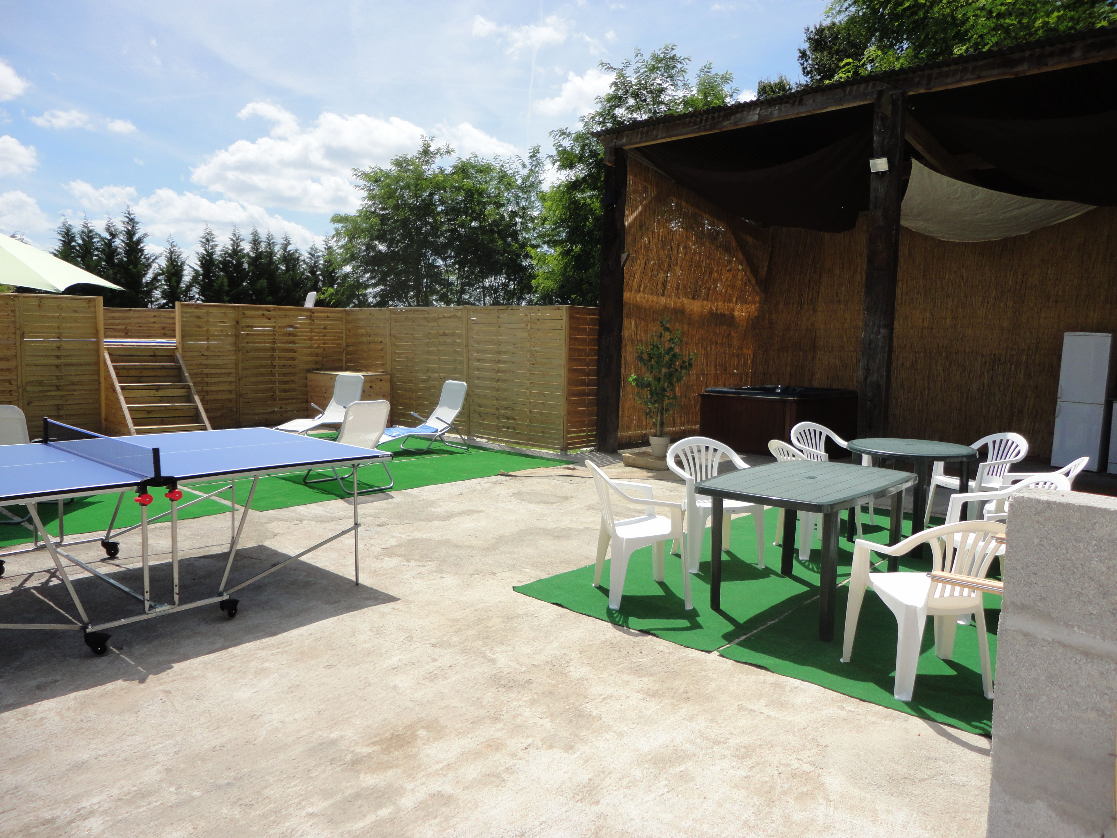 Leisure area with BBQ bar hot tub and table tennis etc