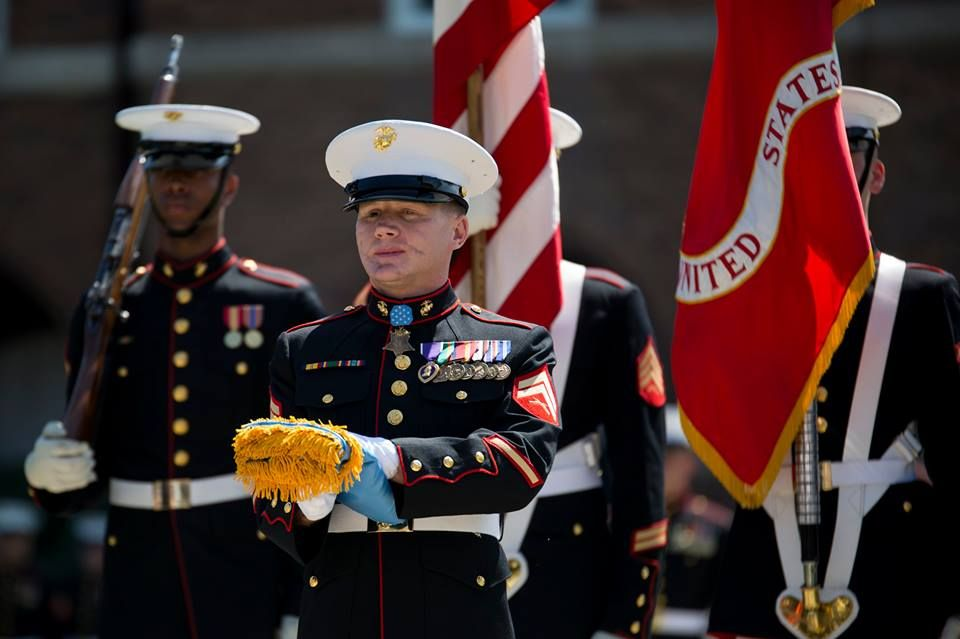 Marines Cpl Kyle Carpenter Medal Of Honor Recipient Received His Medal Of Honor Flag During A Medal Of Honor Recipients United States Marine Corps Usmc Wife