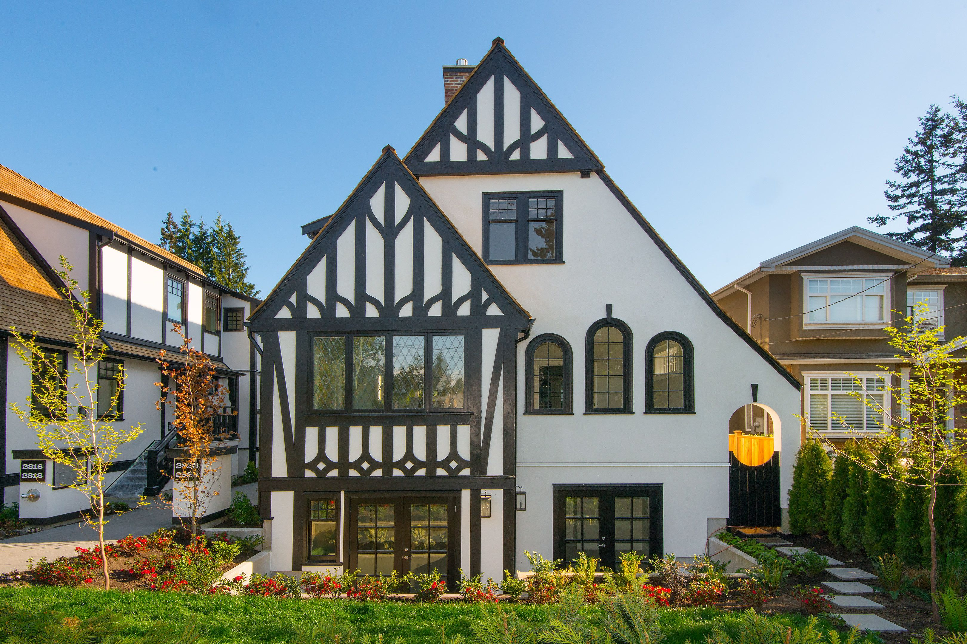'The Dorothies' in 2020   Vancouver architecture, Old ...
