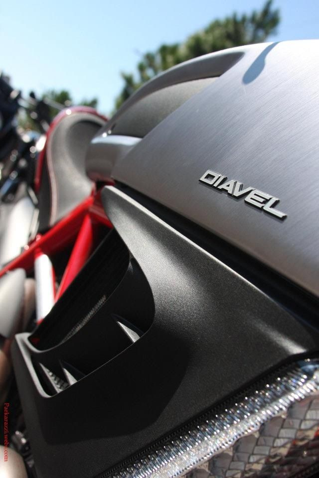 Ducati AMG Diavel...