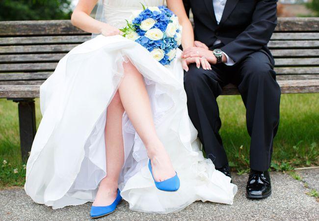 Blue Bridal Flats | Nicole Dixon Photography | Blog.theknot.com