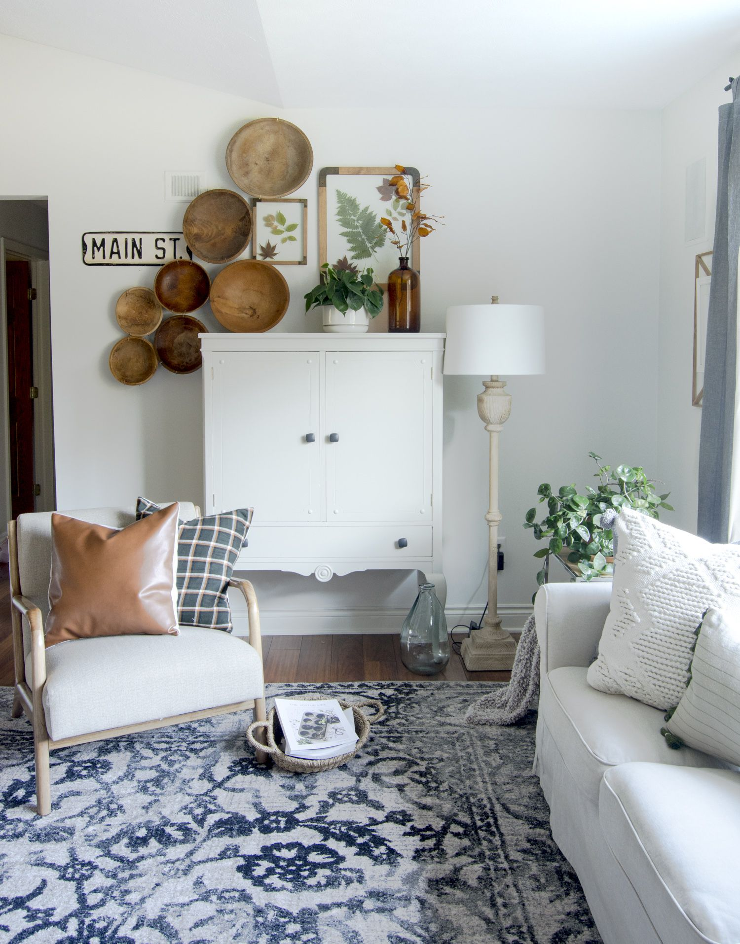Do you love the look of designer rugs, but can't afford the price tag? Here are beautiful discount rugs: any size, any room, any budget. #fromhousetohaven #arearugs #designerrugs #discountrugs