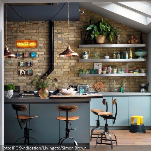 Eine schöne Alternative zu herkömmlichen Küchenstühlen: Barstühle im ...