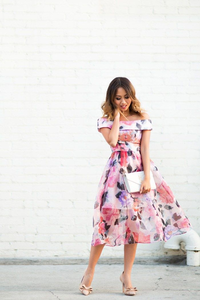 Lace and locks petite fashion blogger off the shoulder for Floral wedding guest dresses