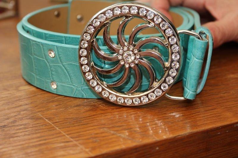 ceinture soleil bleu strass simili cuir effet peau de serpent hippie chic TU année 90