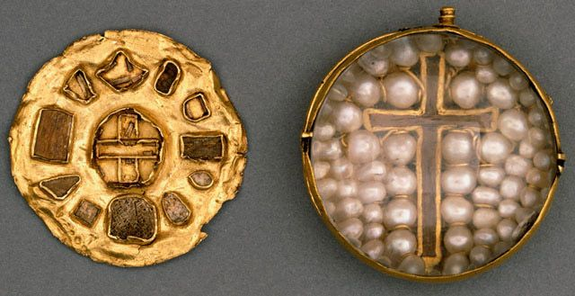 Culture scottish date ca 1200 material gold wood rock crystal reliquary pendant scottish c 1200 the pendant is formed of a circular gold box with a base plate into which a number of different relics are set aloadofball Image collections