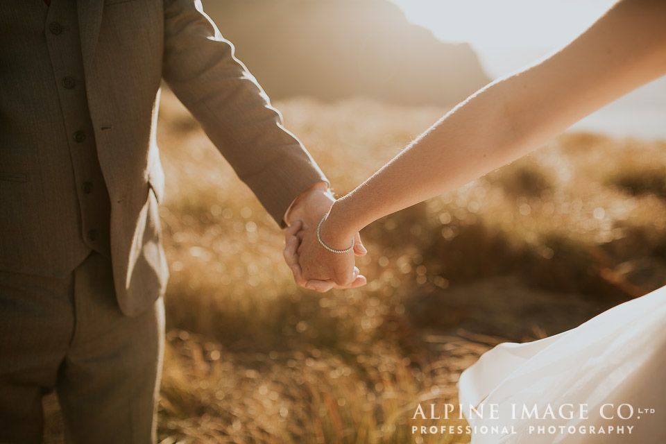 Beautiful moments high in the New Zealand mountains. Photography by www.alpineimages.co.nz