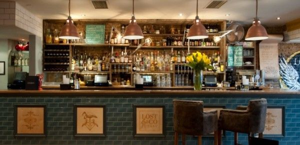 2 for 1 cocktails for all BarChick app users any day of the week between 4 - 9pm at Lost & Co.