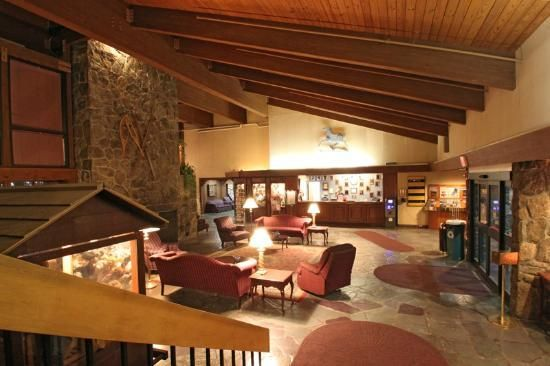 Fireside Inn Suites Hotel Lobby Hotel Reviews Lodges