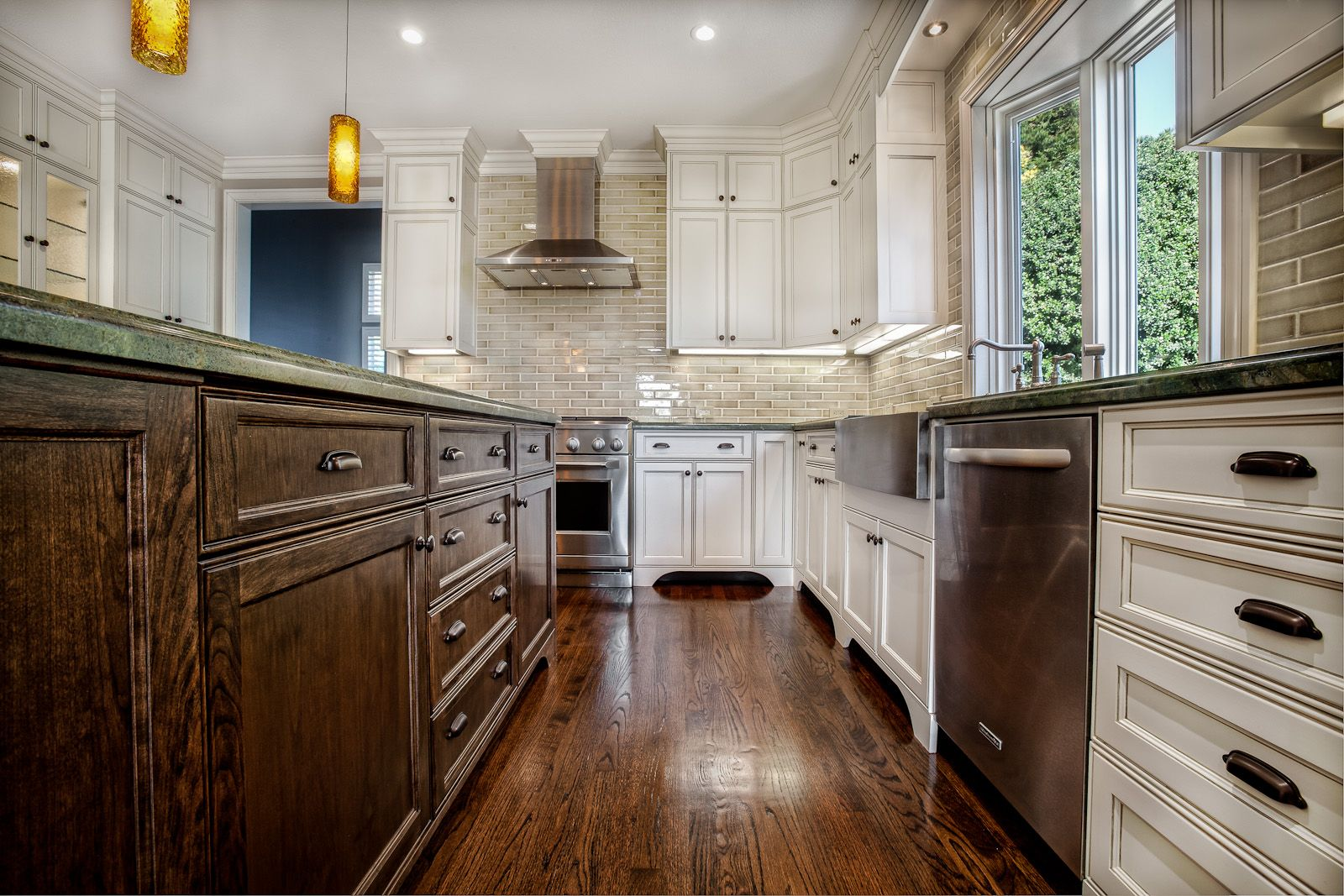 Joe Ercoli Sf Bay Area Commercial Photography Classic White Kitchen Kitchen Dinning Room Custom Kitchen Cabinets