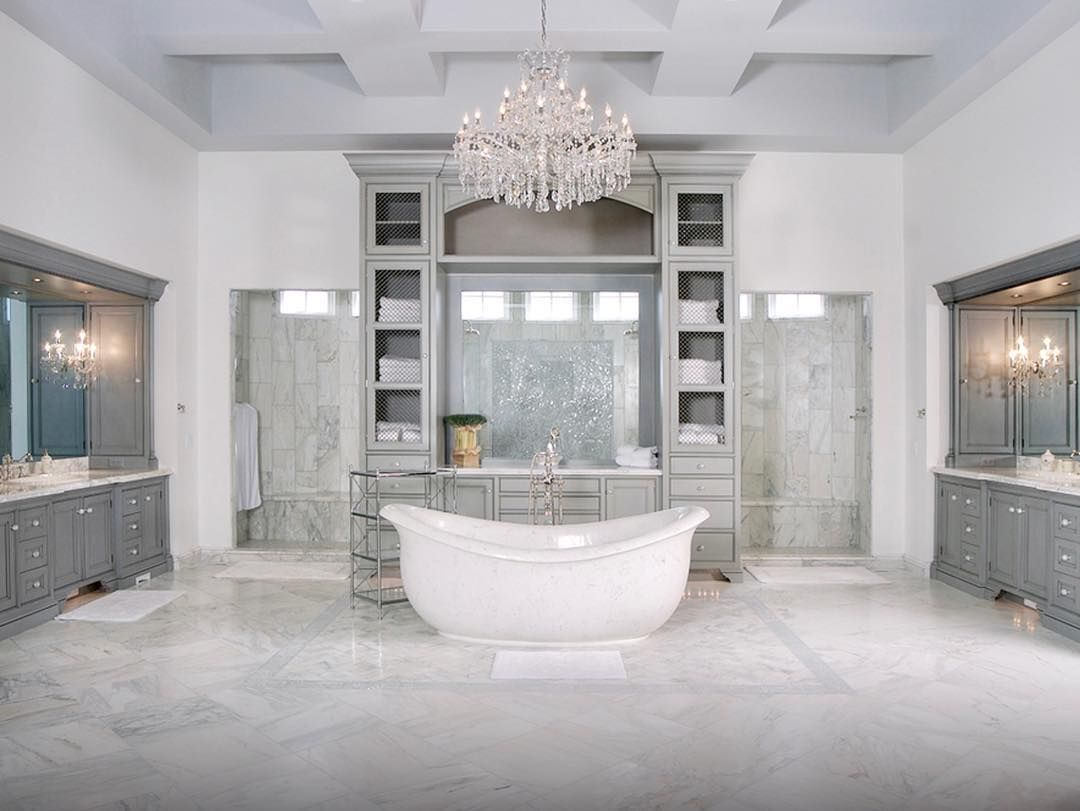 I Need This Bathroom In My Life Especially That Extra Large Shower Design Homes De Luxury Master Bathrooms Contemporary Master Bathroom Custom Bathroom